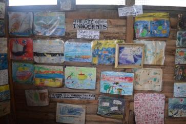 Tekeningen die kinderen na de tsunami maakten om de gebeurtenissen te verwerken.